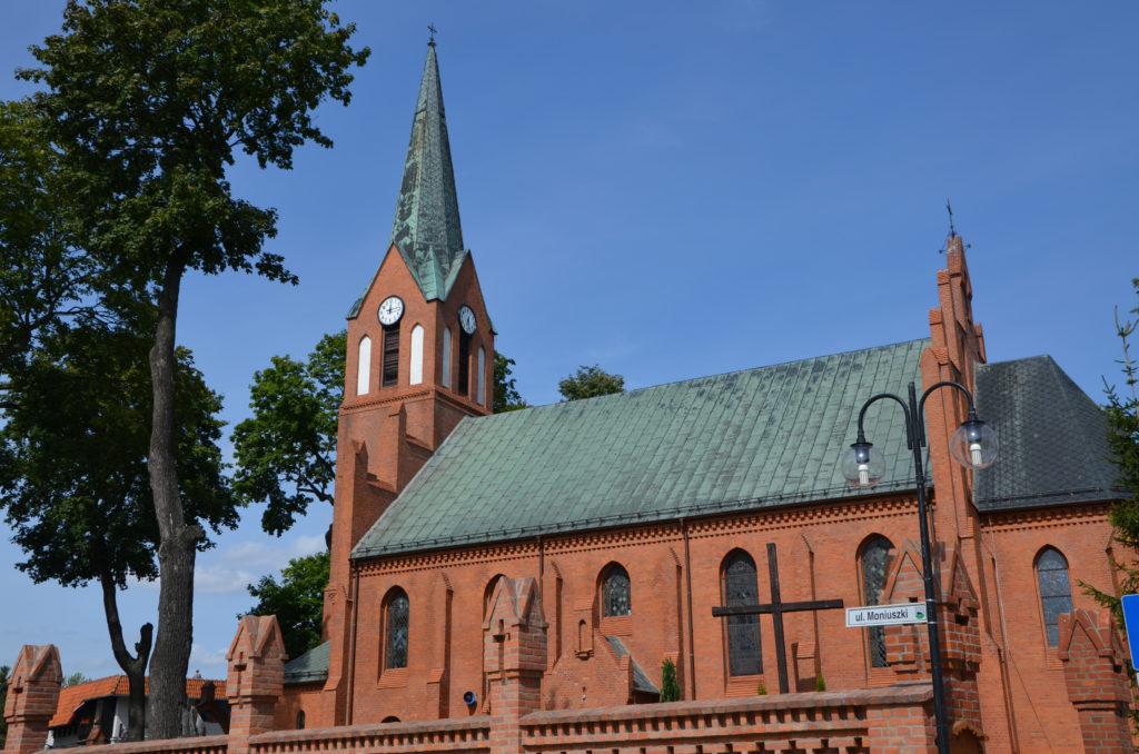 Neogotycki kościół p.w. Wniebowzięcia Najświętszej Maryi Panny z 1895 r., Debrzno